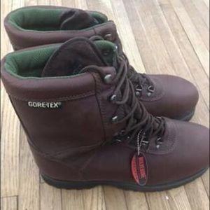 Men's  Wolverine GORE-TEX Steel Toe Boots
